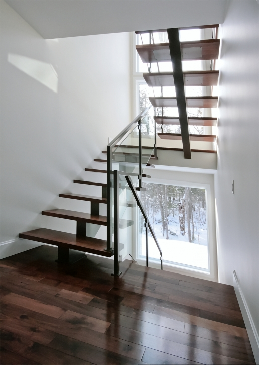Vert bral limon central escaliers battig design for Escaliers modernes