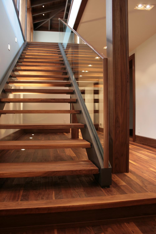 Комбинированная лестница своими руками