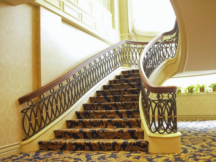 Oval Classic Railings Battig Design