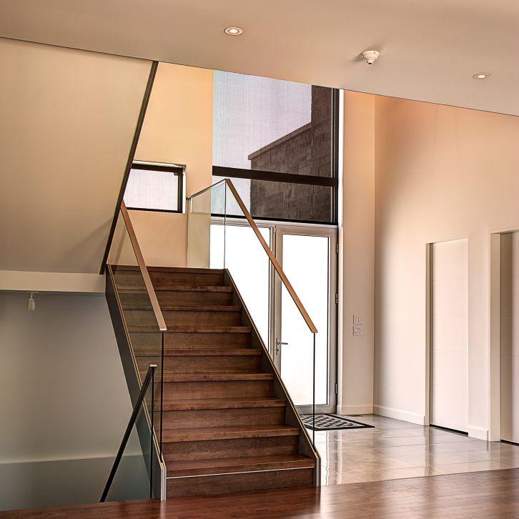 Sandwich glass railings battig design