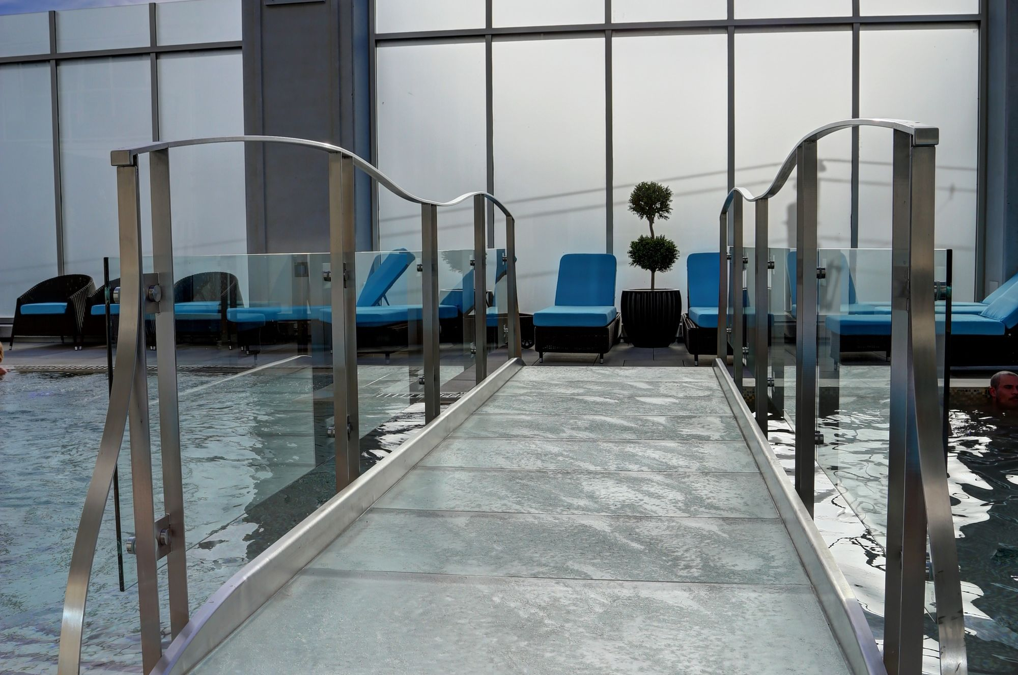 Pont de verre